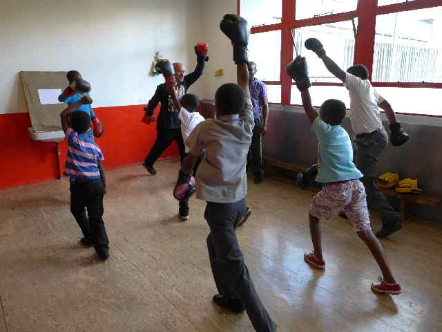 Boxing club for deprived youth in Johannesburg preventing violence